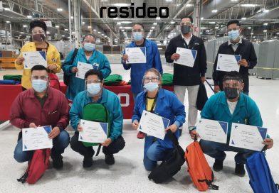 Resideo entregó Kits Escolares a hijos de empleados
